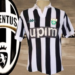 Camisa retrô Juventus de Turim Upim