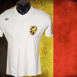 Camisa Retrô Belgica  branca  logo  - BEL