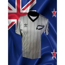 Camisa retrô logo Nova -Zelândia branca - 1982