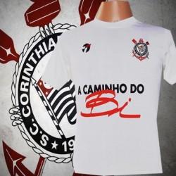 Camisa retrô Corinthians branca a caminho do Bi