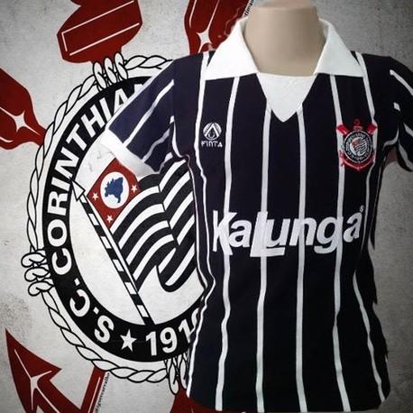 15f925b51ce61 Camisa retrô Corinthians FINTA kalunga manga curta