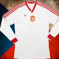 Camisa retrô Tchecoslovaquia vermelha ML - 1972
